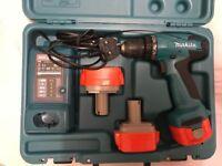 Makita 12V Drill +3 battery's +Makita Set