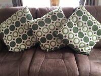 Set of 3 large cushions
