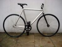Single Speed/ Fixie Track Bike, A Custom, Pimped Ride w/ Top Components !! JUST SERVICED!!!!!!!!!!!