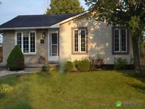 $292,500 - Bungalow for sale in Kincardine