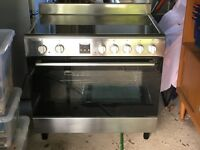 Large Bush Electric Cooker/Halogen 5 hob