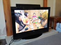 GOODMANS 32 INCH HD TV WITH FREEVEIW & REMOTE ****TV IN TROON****