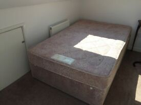 Queen Size bed for free *pick up only*