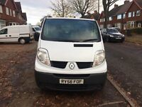 Renault Trafic LWB 2.0 diesel Great condition E/W and A/C