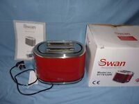 TOASTER - 2 SLICE - RED/STAINLESS STEEL - SWAN ST70120R-( NEW)
