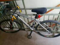 Specialized hardrock men's mountain bike with U lock and accessories