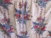 Curtains - Large, floral print