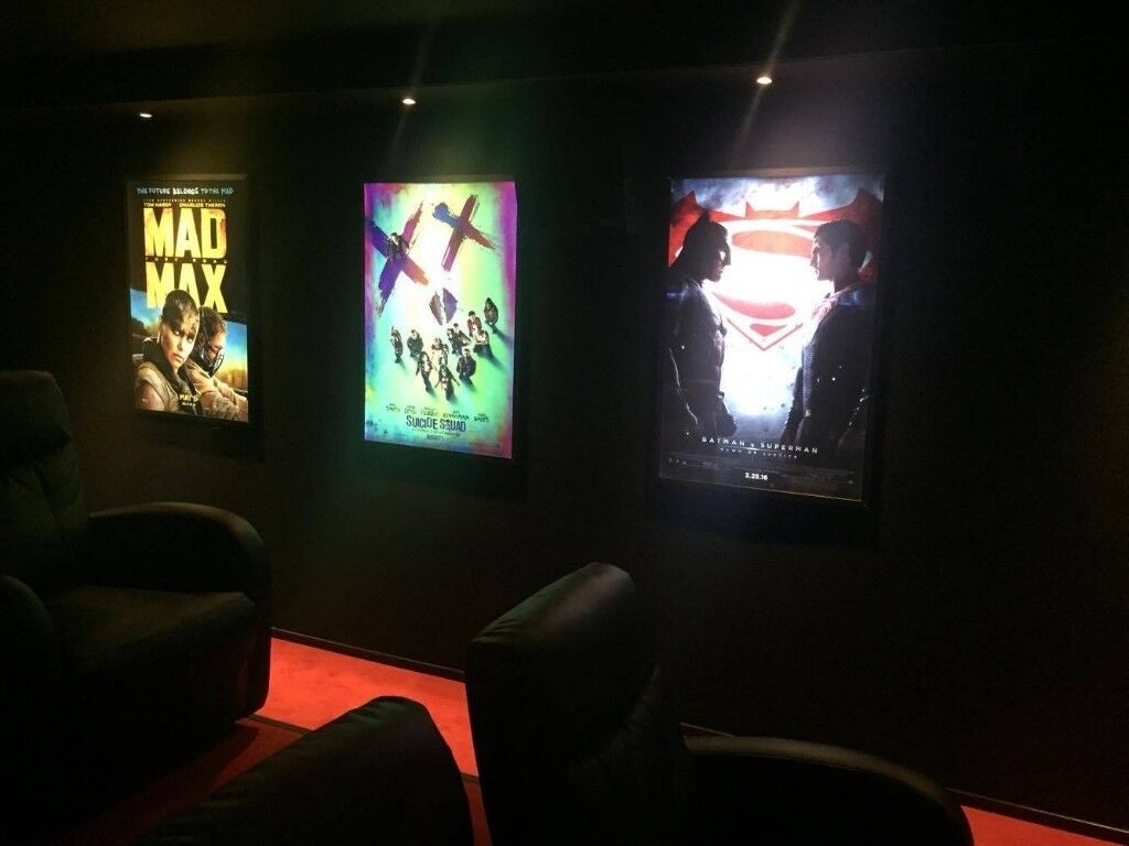 Illuminated Poster Frames For Cinema Posters 30 X 40 Quad Or 27 X