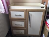 mamas and papas baby changing unit, good condition