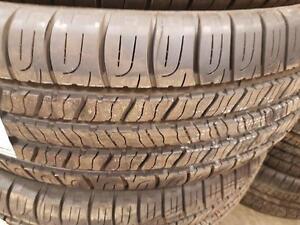 4 pneus d'été Toyo, Open Country, 265/65/17, 60% d'usure, mesure 5/32.