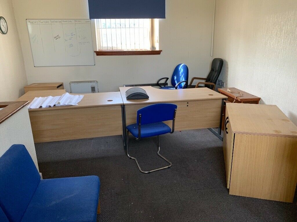 Used Office Furniture Desks Chairs