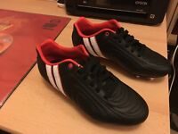 Rugby boots size 6 new without box