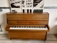 🎵🎹***CAN DELIVER*** small MODERN UPRIGHT PIANO ***CAN DELIVER***🎹🎵