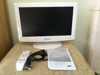 "Samsung LCD tv 22"""