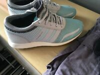Adidas los angeles size 8!