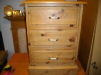 Stunning Beautiful Solid Wood Bed Side Cabinet/Draws /Table 3 Draws