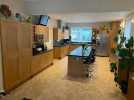 Large complete kitchen