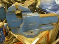Record vise 26 quick real easy x 4