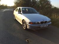 BMW 5 SERIES 2000 - 523i AOTO -SERVICE HISTORY - VERY RELIABLE - NO RUST - GENUINE REASON FOR SALE .