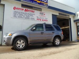 2007 Ford Escape XLT AWD SUNROOF, LOW KMS
