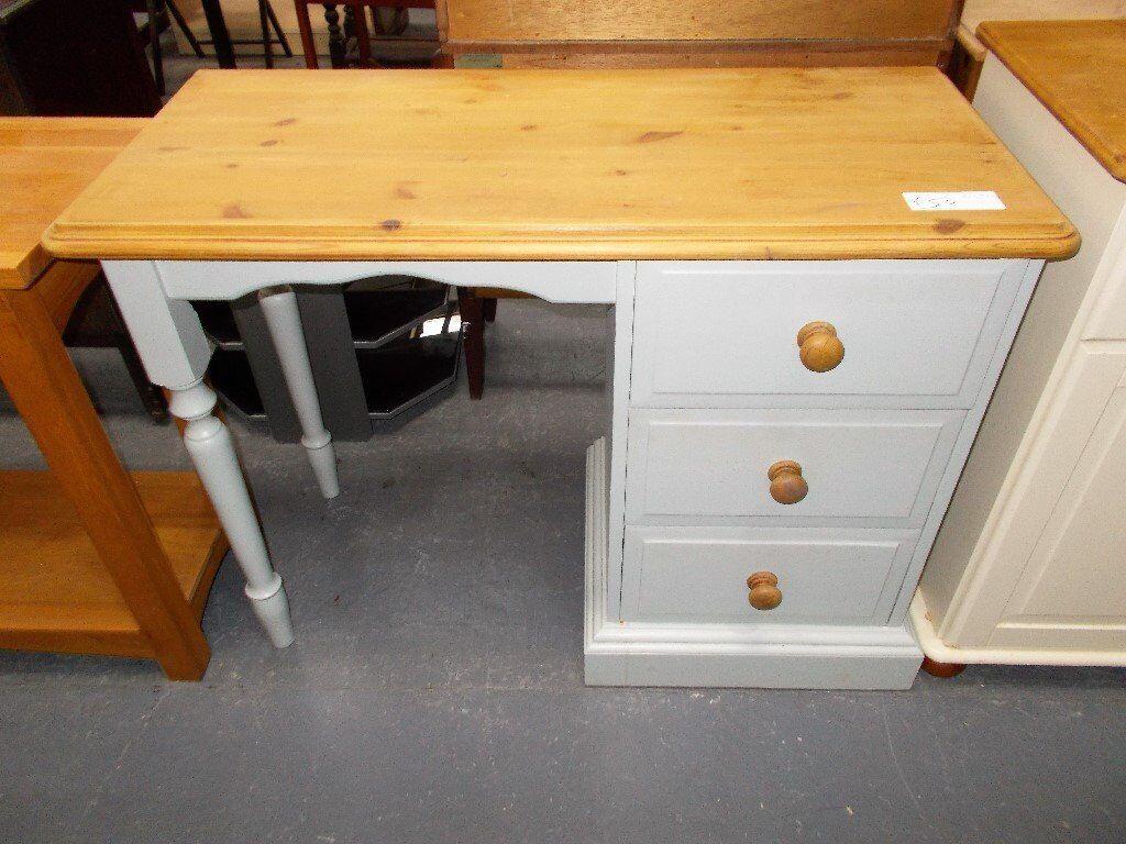 Pine Desk/Dresser…RF4517