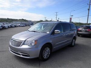 2014 Chrysler Town & Country Limited | Leather | Rem. Start | DV