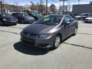 2012 Honda Civic LX LX Coupe - Like new - Bluetooth - AC