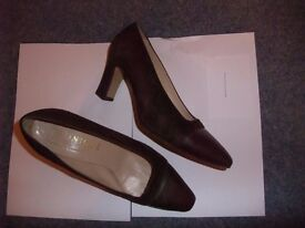 Selection Of Fashionable Ladies Shoes Sizes 6 1/2 to 7 In Good Condition All Hardly Worn