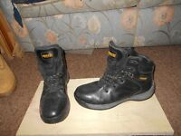 2 PAIR OF MENS WORK BOOTS