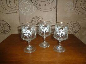 Glass set 3 glasses pattern