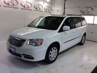 2014 Chrysler Town & Country Touring -NAVIGATION/DVD-PLAYER/SUNR