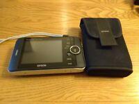Epsom P2000 Photo storage and fine screen viewer.