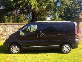 sport type 2008 nissan primaster se in met black same as traffic ,vivaro very low miles lovely van