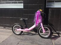 Ridgeback Scoot Kid's Balance Bike – Pink