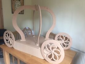 Cake/sweet stand Cinderella carriage