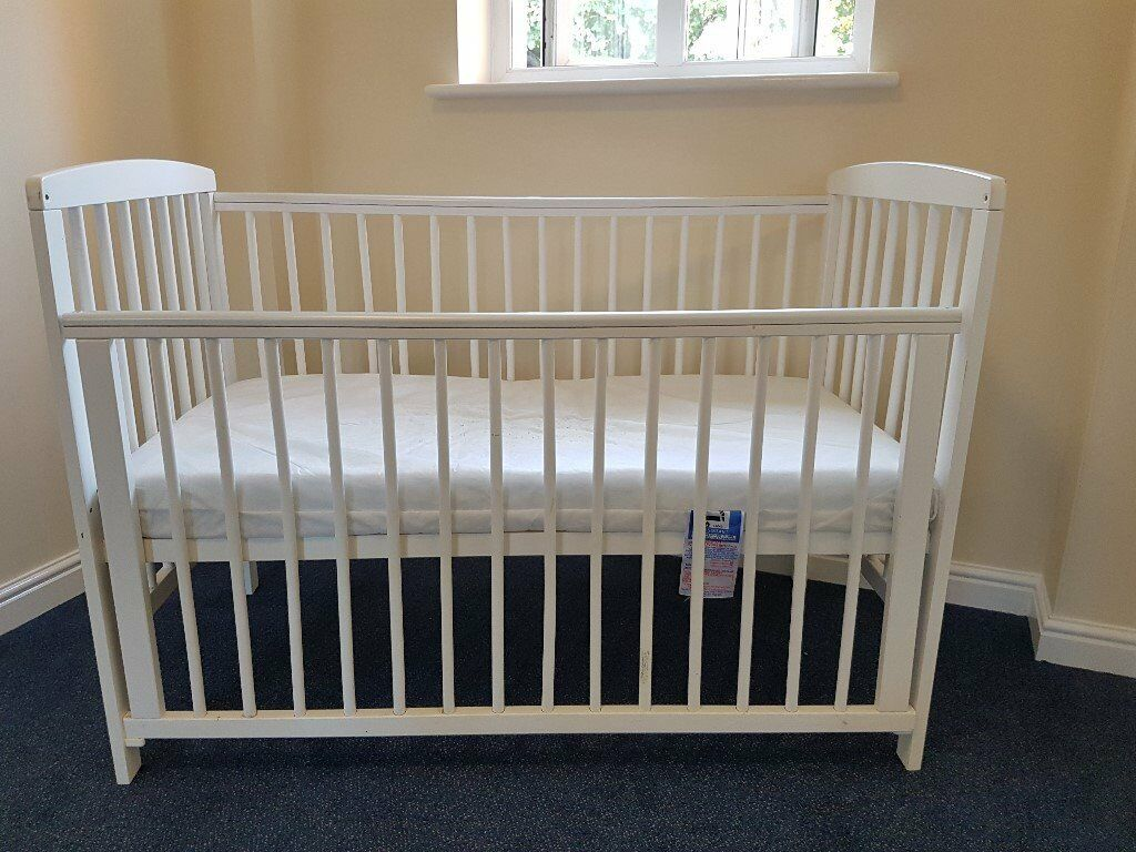 Kinder Valley Kai Cot Bed With Mattress