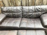 Leather sofa 2x 3 seaters