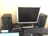Studio monitor speaker! Almost new! Comes with original box, Behringer MS 16
