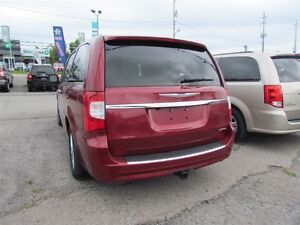 2012 Chrysler Town & Country Limited   NAV   CAM   LEATHER   ROO London Ontario image 5