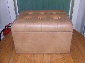 brown leather storage box/stool 495 x 370 x 310
