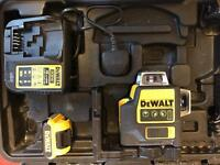 Dewalt DCE089G Green Beam laser level