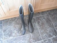 long riding boot size 4