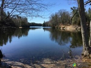 $200,000 - Residential Lot for sale in Thousand Islands