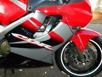 HONDA CBR600F 2005, 17K MILES, BEAUTIFUL MOTORCYCLE.