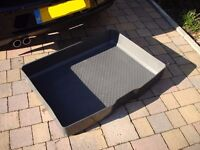 VW Golf Rigid Boot Liner