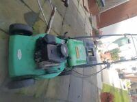 Petrol lawn Mower ( spares or repairs does Run )