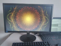 LOC 21.5 Inch computer screen barely used!