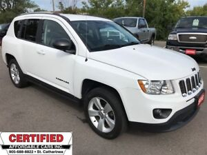 2013 Jeep Compass North ** 4X4, AUX. IN, CRUISE **