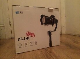 Zhiyun professional stabiliser for mirrorless camera STILL WARRANT 5 MONTHS!!