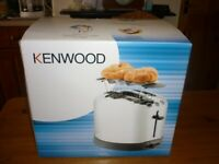 Kenwood TT376 two-slice Toaster with Warming Rack